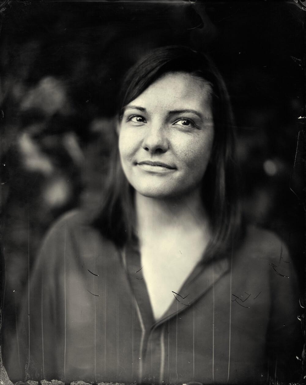 Portrait photographique de Noée Baud lézards création agence communication publicité vosges