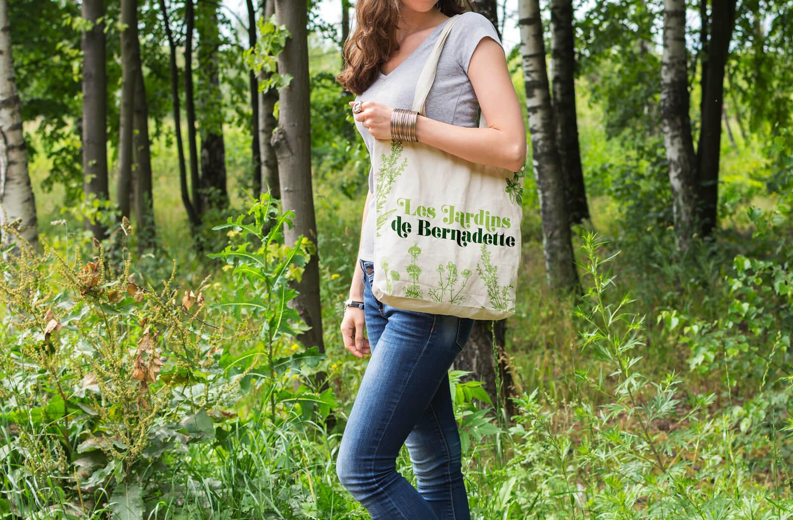 lezardscreation agence communication publicite vosges remiremont les jardins de bernadette les jardins de bernadette lezards creation totebag